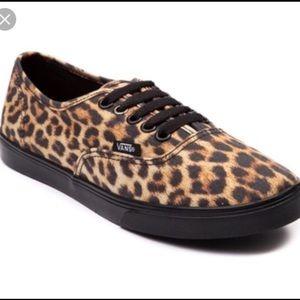 VANS Cheetah Sneakers, 7.5, Like New!